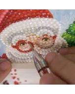 Create unique Christmas cards with this 4 pack of DIY Diamond Dot Cards!