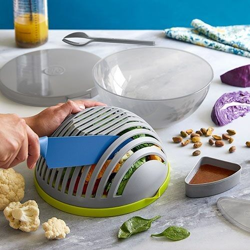 Pampered Chef Cutting Salad Bowl! Salads made easy!
